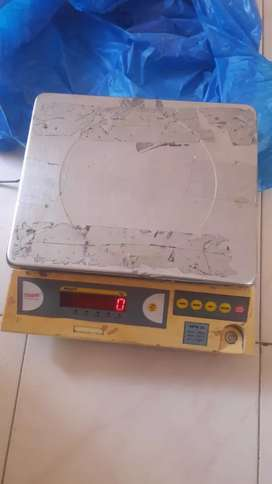 Weight machine in good condition for sell