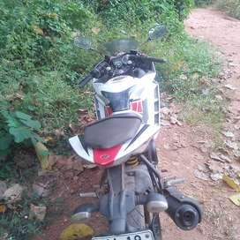Yamaha-R15-V2 ...good condition
