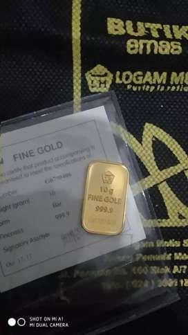 Jual beli emas.
