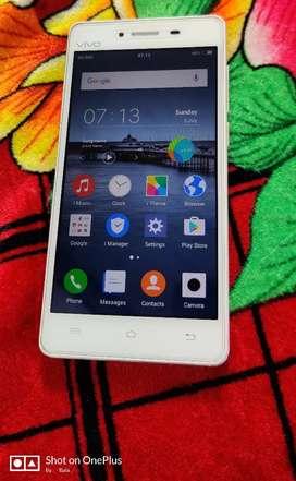 Vivo Y51L 2gb 16gb white colour.4gb mobile.