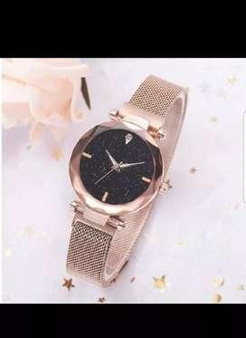 Magnetic starp watch