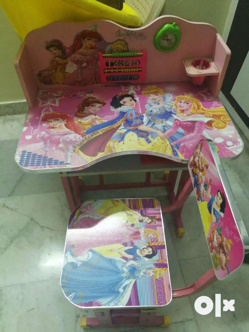 Kids barbie study table 0