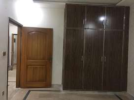 8 marla Lower portion for rent in GCP Near UCP
