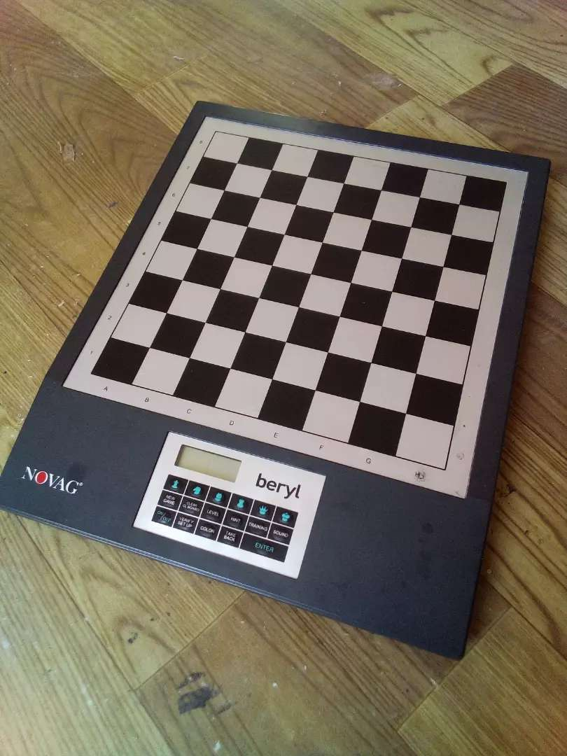 Electronic Chess 0