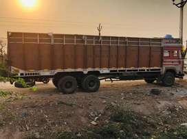 Ashok Leyland truck 10 tyre