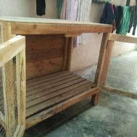 Hen nest box