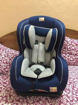 Mee mee brand's Baby car seat