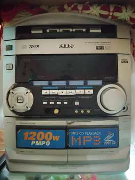 Philips VCD + MP3 + Cassette Player