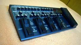 ON SALE:- BOSS ME-80 with no scratches of 9