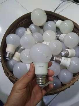 Lampu Philips LED garansi 3 bulan