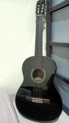 Gitar Klasik Yamaha C40 Black Edition