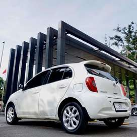 NISSAN MARCH XS AT 2016 WHITE ON RED