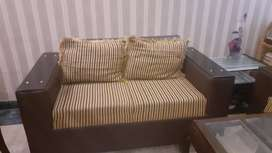 SOFA SET FOR SALE IN A REASONABLE PRICE