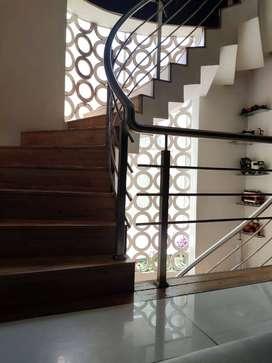 Villa For Sale in Pradhikaran-3.5 Cr
