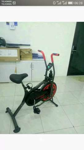 Platinum bike TL 8207//sepeda statis dinamis
