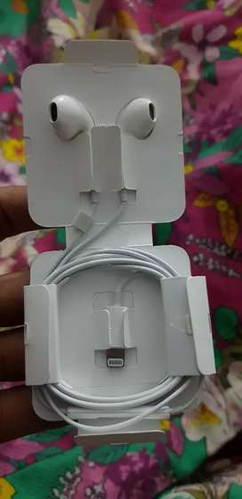 Iphone X headphones