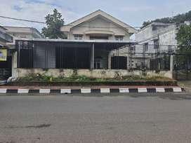 Disewakan rumah jalan sriwijaya negara bukit palembang