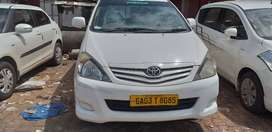 Excellent showroom Service Toyota innova Taxi vehicle