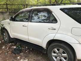 Toyota Fortuner 2011 Diesel 80000 Km Driven