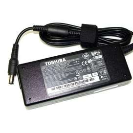 Charger Notebook toshiba satellite portege vs tecra 15V 5A,charger tos