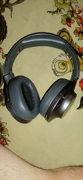Sony headphones wh-h900n