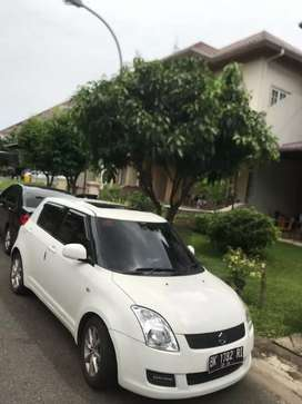 Suzuki swift ST 2010 Matic