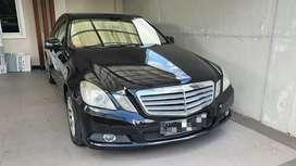 Dijual Mercedes Benz E class E200 2010 matic