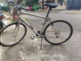 Well maintained Schwinn bicycle