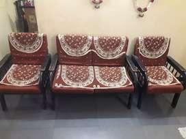 Pure Saagvan Sofa set