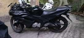 Yamaha YZF R15.
