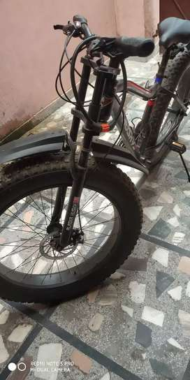 Brand new fat tyre cycle with 5 inch tyre
