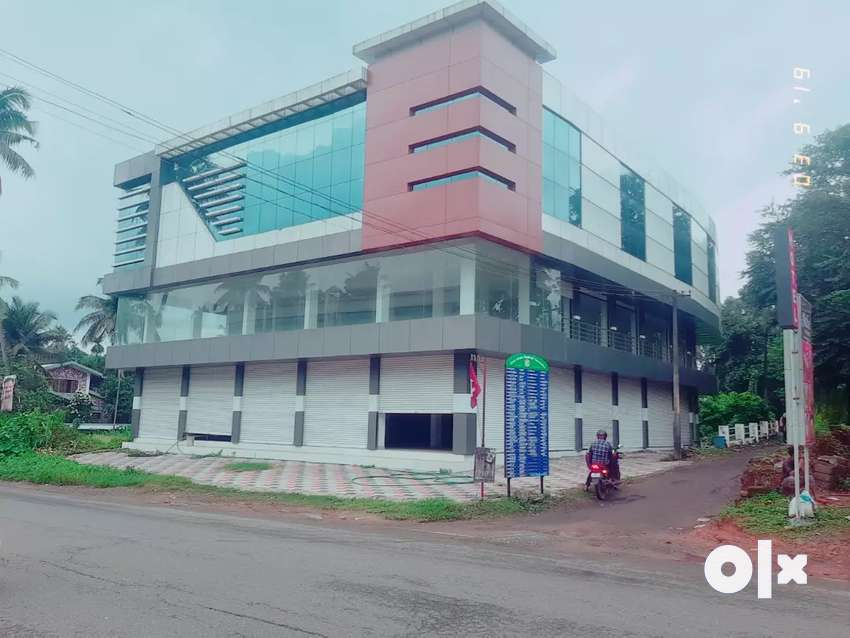 Kothamangalam town 4.50 cr commercial Building 0