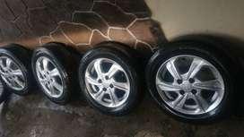 Velg Standar Honda Brio