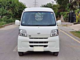 Daihatsu Hijet on Installment