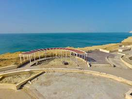 75 Acres Land in oil city Gwadar with road front in 160000 Per Acre