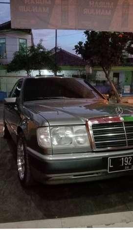 Mercedes Benz w124 E300
