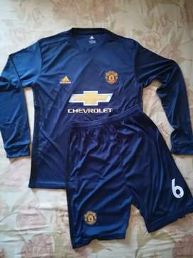 Manchester United's kit of Paul Pogba