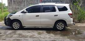 Chevrolet Spin LTZ 1.5 MT tahun 2014 Warna Putih