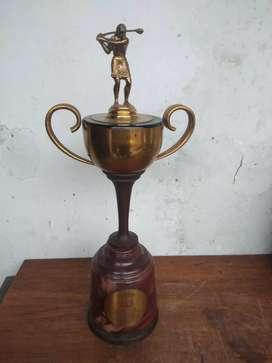 Piala golef tinggi 40cm