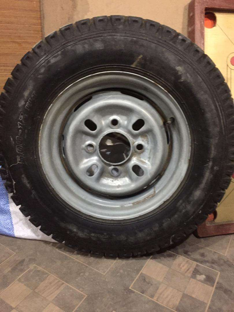 Loader tyre with Rim 0
