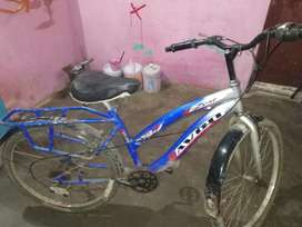 Very good condition 1 year used and add gear set is prise 500 ruppes