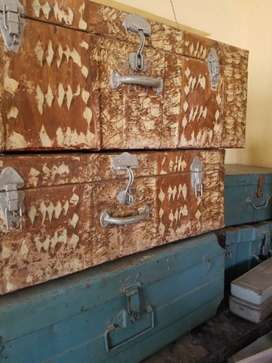 5 trunk boxes