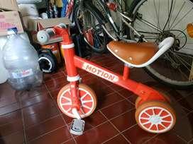 Sepeda anak motion / Balance bike motion