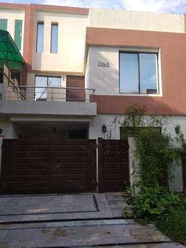 5marla house for rent In Bahria Town