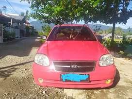 Hyundai Avega 2007 Merah