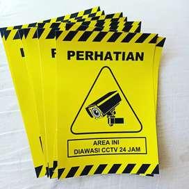 Stiker diawasi CCTV