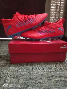Puma netfit football boot