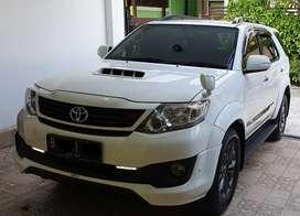 Toyota Fortuner 2.5 VNT TRD Putih mulus pemakai pribadi