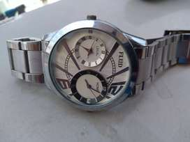 Original branded men wrist watch