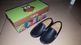 Sepatu anak CooGee size 30 hitam